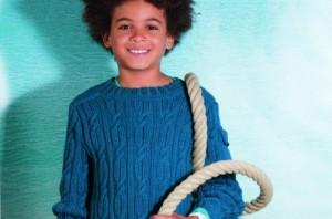 Jongenstrui met kabels breien
