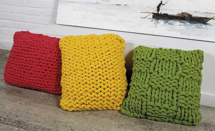 Drie kussens breien voor in huis ouderwets breien - Kussen voor ontlasting ...