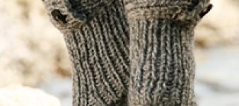 DROPS Sokken Breien met knopen